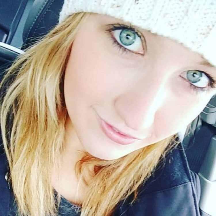 Jessica Storer abusó de uno de sus estudiantes. Está presa desde noviembre y será sentenciada en los próximos días (Facebook)