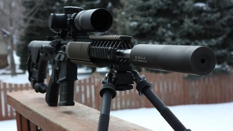 Impactantes imágenes: Recibe un disparo de un francotirador, pero lo salva su GoPro