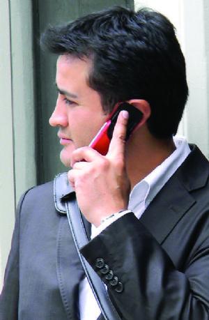 Costo de telefonía móvil bajó en 17,5% desde 2009