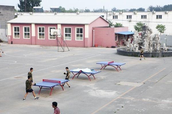 Hora de practicar deportes en el Centro de Desarrollo Mental para Jóvenes de China. Foto: Giulia Marchi.