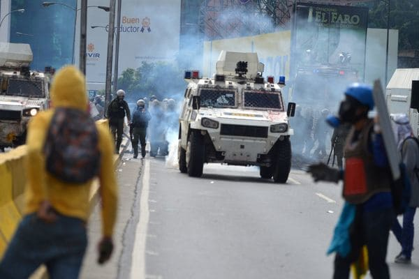 Nueva jornada de represión en Venezuela