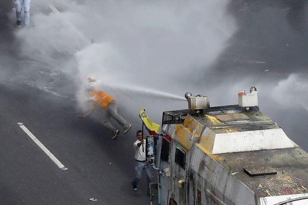 Sólo en el municipio caraqueño Baruta se registraron 147 lesionados (Reuters)