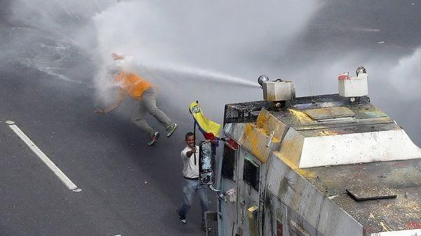 La protestas opositoras llevan dos meses y dejaron más de 70 muertos (Reuters)