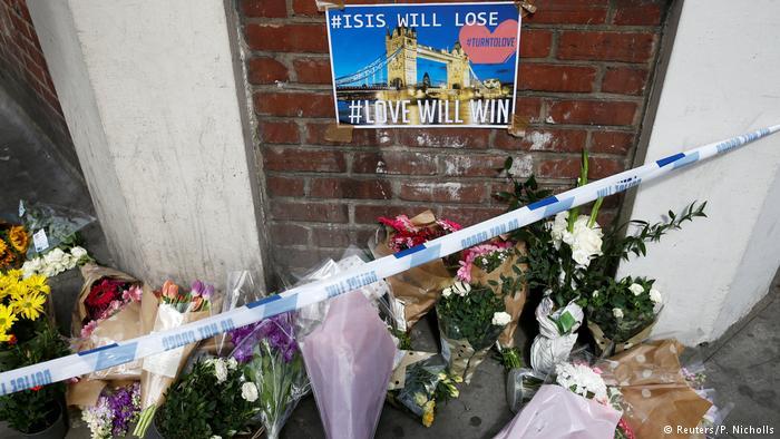 Großbritannien London – nach dem Terroranschlag (Reuters/P. Nicholls)