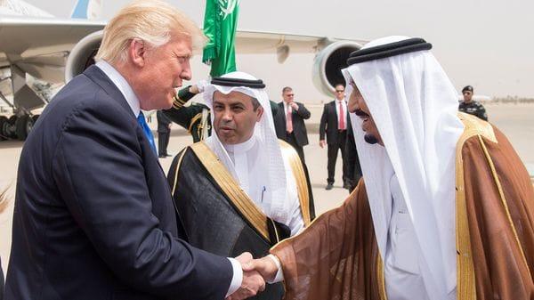 El rey de Arabia Saudita, Salman bin Abdulaziz Al Saud, y el presidente estadounidense Donald Trump