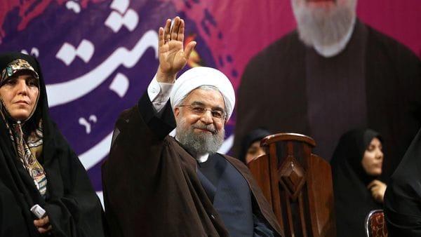 Qatar mantiene una relación ambivalente con el régimen iraní. En la foto, el recientemente reelecto presidente Hassan Rouhani (AP)