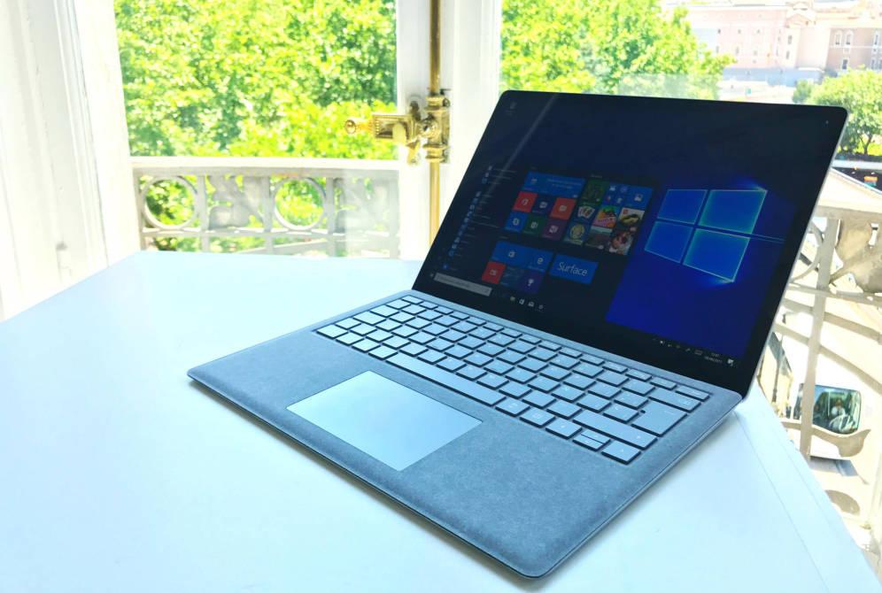 Foto: El nuevo Surface Laptop de Microsoft. (J. E.)