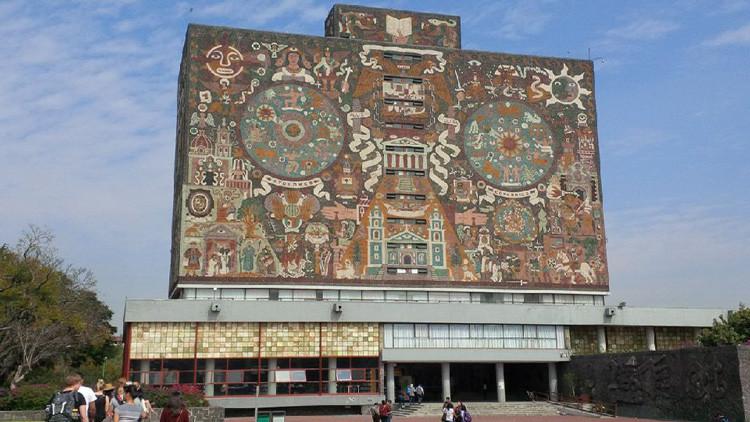 Hallan el cadáver de un estudiante junto a la biblioteca de la universidad más prestigiosa de México