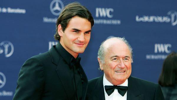 Roger Federer y Joseph Blatter (Getty)