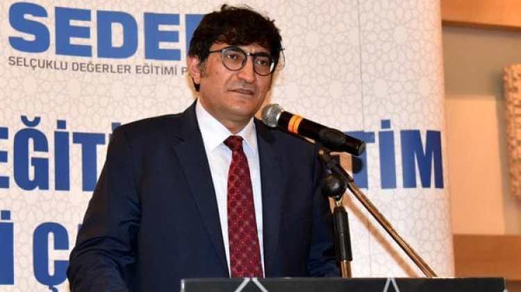 Alpaslan Durmus, representante del ministerio de Educación turco