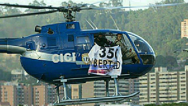 FOTOS: Localizan helicóptero secuestrado que perpetró atentado en Caracas