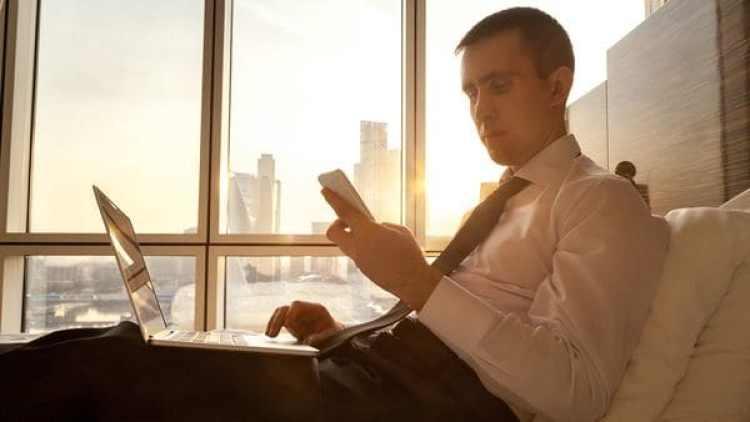 Según el estudio, el tiempo dedicado a leer activamente un artículo crece gradualmente con su longitud. (IStock)
