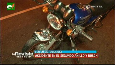 Motociclista resulta herido tras chocar contra un vehículo en el segundo anillo