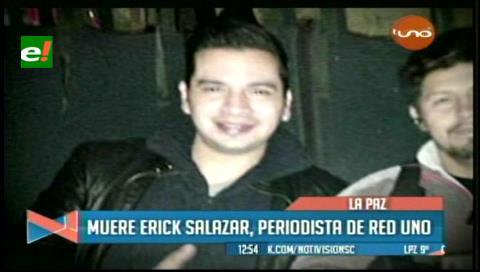 Emotivo homenaje al periodista Erick Salazar