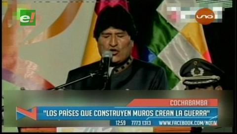 Presidente de Bolivia: los mismos que encienden guerras levantan muros contra la humanidad