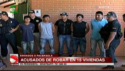 Pandilleros roban en ocho viviendas de La Guardia