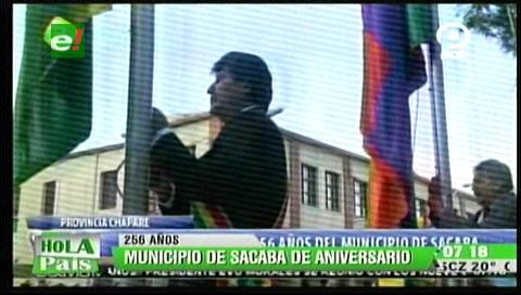 Morales rinde homenaje a Sacaba y entrega recursos económicos para tres obras
