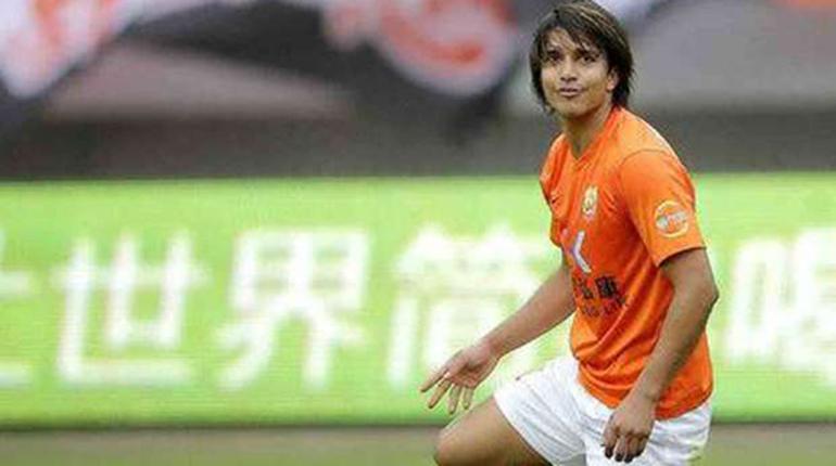 Resultado de imagen de Marcelo Martins convirtió en el empate del Wuhan Zall en China