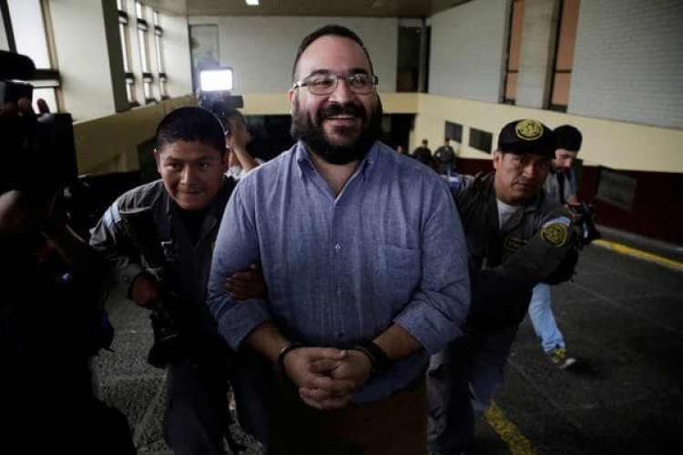 Javier Duarte tras la audiencia de este martes en la que aceptó la extradición (Reuters)