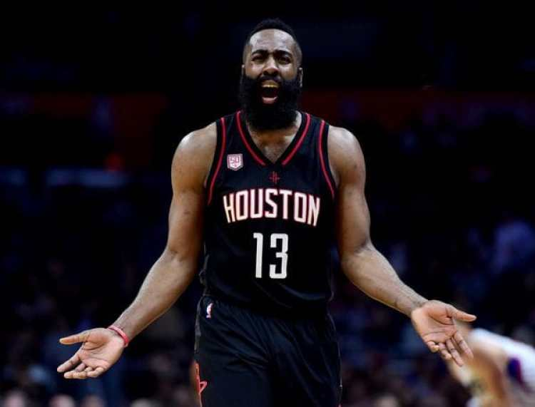Harden cobrará 228 millones de dólares en las próximas seis temporadas en Houston Rockets (AFP)