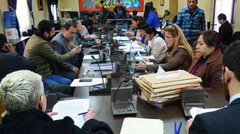 Legisladores de la Comisión Mixta de Justicia y Constitución que trabajan en el proceso de preselección judicial. Foto: Cámara de Diputados