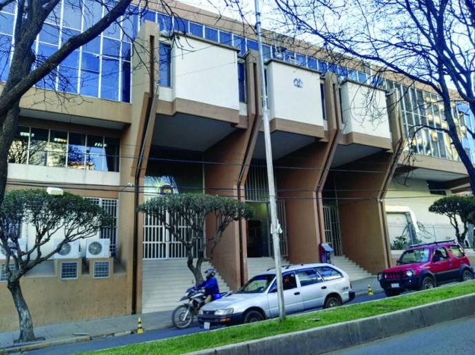 PUGNAS. Las denuncias involucran a funcionarios y magistrados del TCP.