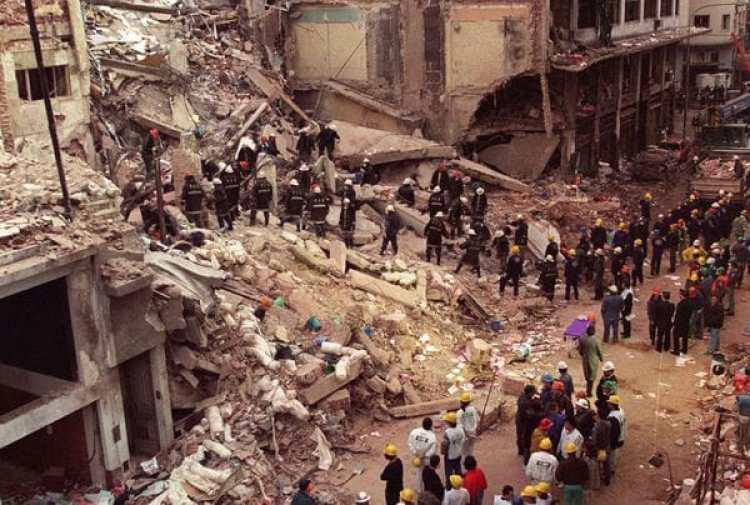 El ataque a la AMIA el 18 de julio de 1994 dejó 85 muertos
