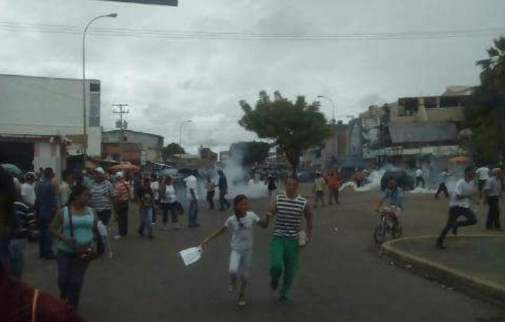 Reprimen con lacrimógenas a manifestantes en Apure / Foto: El Pitazo