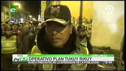 Oruro: arrestaron a 80 personas en el barrio Chino y secuestraron 176 celulares robados