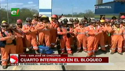 San José de Chiquitos: Trabajadores mineros levantan el bloqueo en la carretera a Brasil