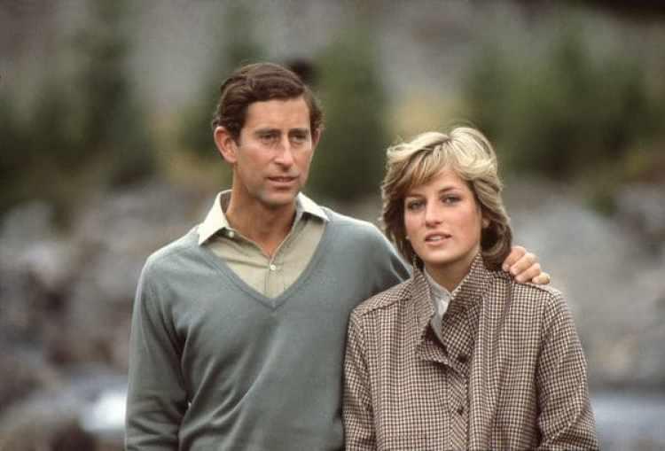 La pareja real se divorció en 1996, y Carlos se casó con su antigua amante Camila Parker Bowles en 2005 (Anwar Hussein)
