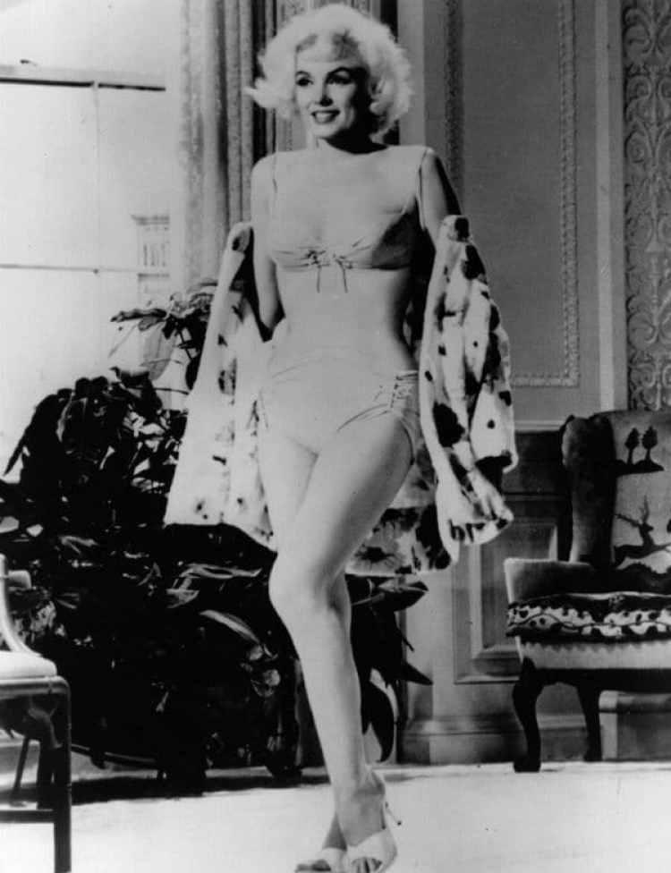 Imagen de MarIlYn Monroe en la película Something´gotta give que filmaba al momento de su muerte y que nunca llegó a estrenarse (Getty Images)