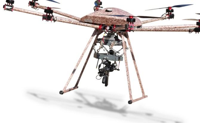 Crean drone capaz de disparar armas