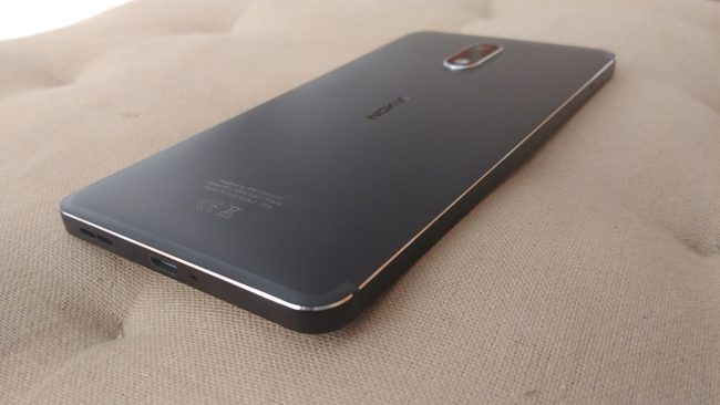 Imagen trasera del Nokia 6
