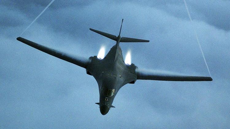 Bombarderos nucleares de EE.UU. llegan a Europa para participar en ejercicios militares de la OTAN
