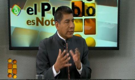 El canciller Fernando Huanacuni durante una entrevista en el programa El Pueblo es Noticia.