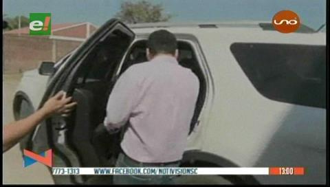 Fiscalía ordena aprehensión de juez y abogado por delitos de corrupción en Santa Cruz