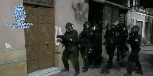 Resultado de imagen de Desarticulada una célula yihadista en Melilla y Marruecos