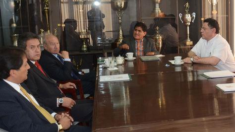 Miembros de las comisiones Electoral y de Apelaciones de la FBF en una anterior reunión