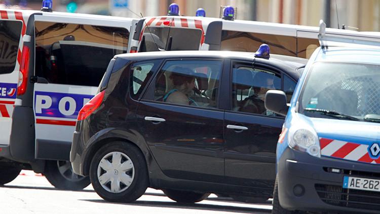 Un hombre ataca a siete personas en Francia mientras grita