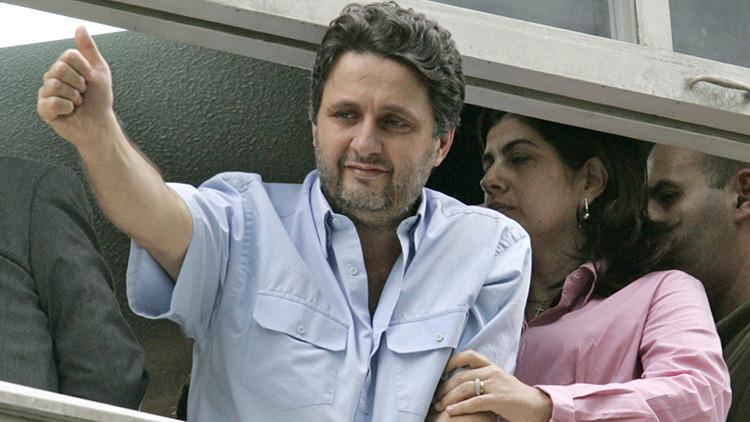 Detienen a exgobernador de Brasil mientras presentaba su programa de radio
