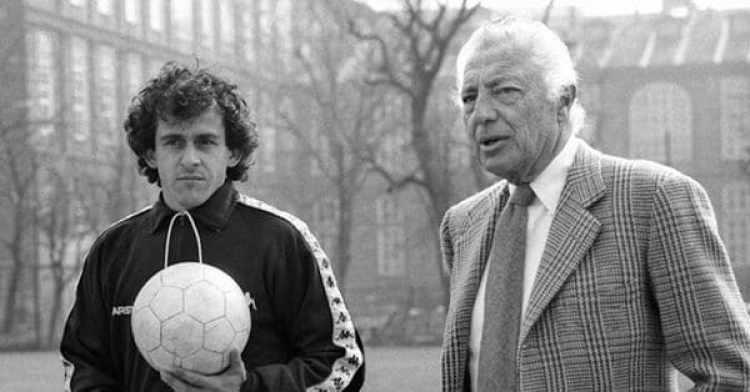 Gianni Agnelli, dueño de la Juventus, con Michel Platini