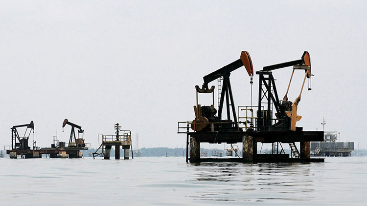 Venezuela comienza a publicar los precios de su petróleo en yuanes en lugar de dólares