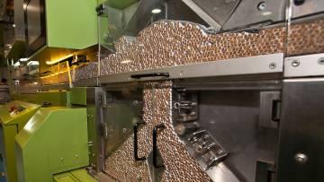 Envasado de cigarrillos en una fábrica de Tabesa.