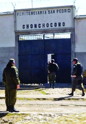 Implicados en millonario desfalco al Banco Unión son enviados a la cárcel