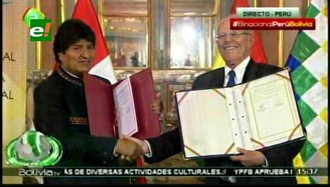 Con la firma de 8 convenios y la Declaración de Lima concluye III Gabinete Binacional