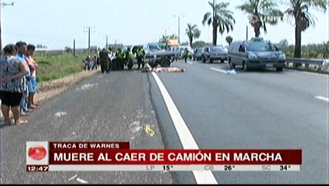 Warnes: Hombre muere tras caer de un camión en marcha