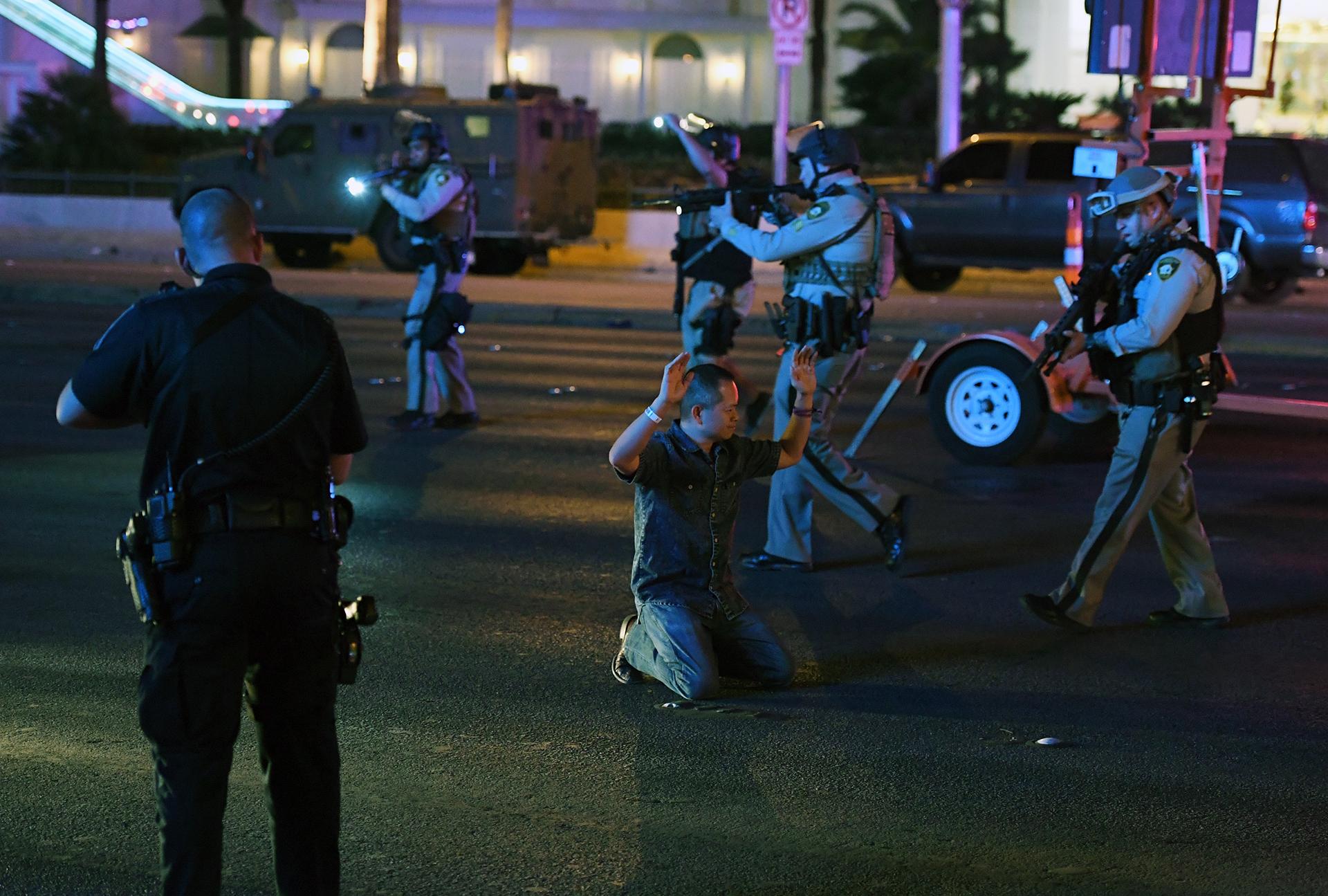 La policía de Las Vegas detiene a un hombre que conducía un vehículo en la Avenida Tropicana. Ethan Miller/Getty Images/AFP