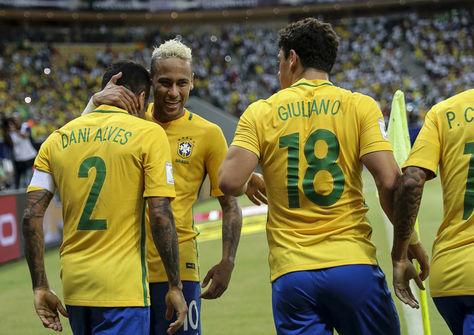 Los astros de Brasil bien valorados. Foto: Archivo EFE