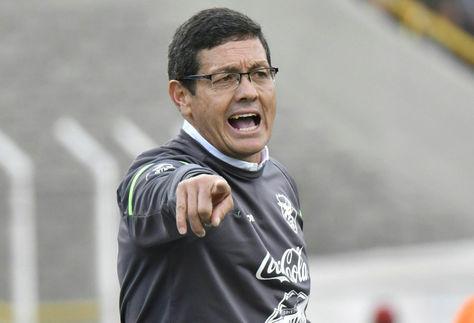 El seleccionador Mauricio Soria durante el cotejo Bolivia Vs. Chile. Foto: Archivo La Razón
